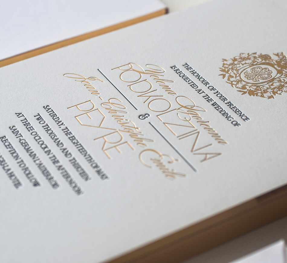 Gilded edge on Paris invites