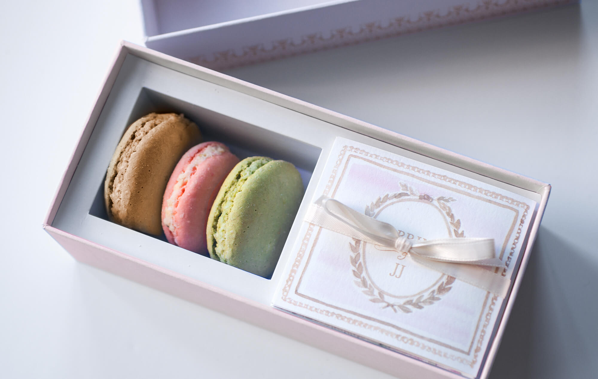 Save the Date macaron box